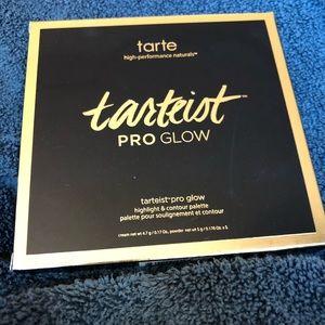 tarte Makeup - Tarteist PRO Glow Highlight & Contour Palette